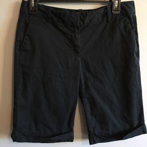 Ann Taylor signature Bermuda shorts